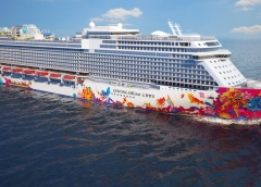 m/s Genting Dream, Dream Cruises